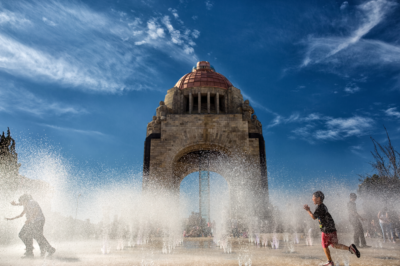 monumento revolucion dia